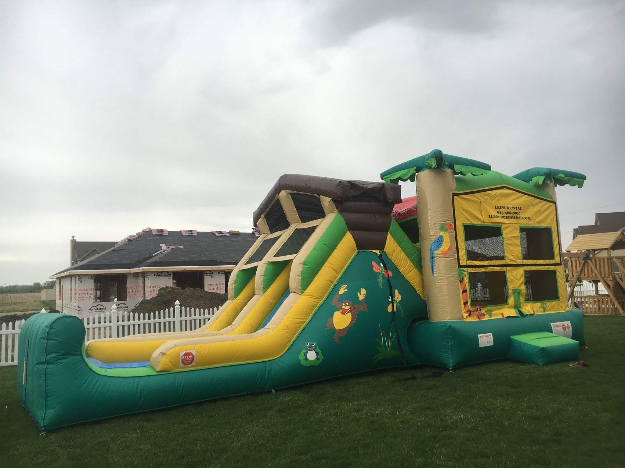 Water Slides – Lee's Rental, Inc
